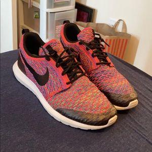 Nike Roshe Flyknit Multi-Color
